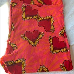 TC heart lularoe valentine leggings
